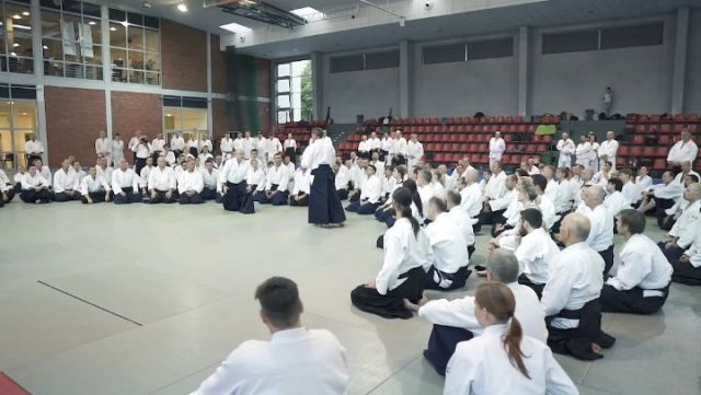 Ladies and Gentlemen! The video with Christian #Tissier Shihan hosting the #aikido seminar in Shin Dojo is live! It was an absolutely amazing event and the movie couldn't have been done in a different way :-). Take a seat, fasten your seatbelt and enjoy this aiki-video!You can find the full version of this video (almost 3 mins!) on our Twitter or Facebook (just google it :-)). PS. We do appreciate if you could share this video - let's spread the good news!